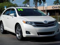 Options:  2014 Toyota Venza Xle|Blizzard Pearl/Black|V6