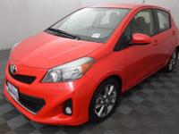 Yaris SE, 5D Hatchback, 1.5L I4 DOHC VVT-i 16V, 4-Speed
