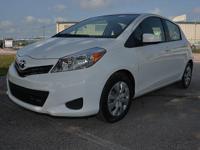 Exterior Color: white, Body: Hatchback, Engine: I4