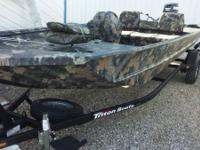 2014 Triton Boats 1862 SC 1862 SC Duck Hunting and