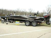 2014 Triton Boats 19XS Triton 19XS Tournament Bass Boat