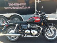 Bikes Retro/Classic. Still definitely a Bonneville with