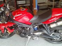 2012 TRIUMPH STREET TRIPLE R WITH VERY LOW MILES AND IN