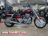 2014 Triumph Thunderbird ABS Clean lines terrific
