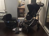 Selling our 2014 Uppababy Cruz (Black). Includes