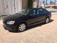 Super nice all original,2014 vw jetta s sedan,2.0