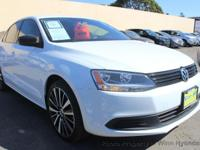 This 2014 Volkswagen Jetta 4dr 2.0L S Sedan 4D features