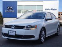 2014 Volkswagen Jetta 1.8T SE Wh Carfax One-Owner.