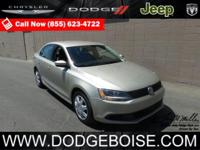 2014 Volkswagen Jetta Sedan SE SUPER CLEANDelivers 36
