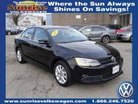 1.8L TURBO, SE WITH CONNECTIVITY AND SUNROOF PKG,