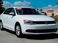 Options:  2014 Volkswagen Jetta Sedan Se