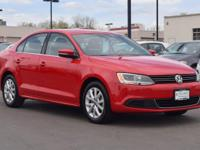 This turbocharged 2014 Volkswagen Jetta SE w/