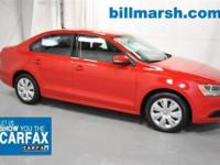 Jetta SE, ONE OWNER, Cruise Control, Leather, and