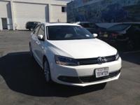 Options:  2014 Volkswagen Jetta Sedan Sel Is Proudly