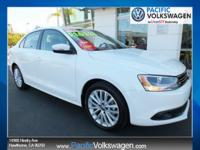 1 OWNER, CERTIFIED, SUPER CLEAN, JETTA SEL , LEATHER,