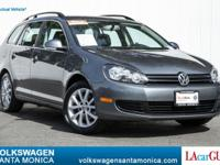 EPA 30 MPG Hwy/23 MPG City! CARFAX 1-Owner, Excellent