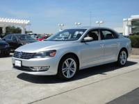 Passat TDI SE w/Sunroof 4 Door Sedan, 6-Speed Automatic
