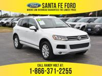 *2014 Volkswagen Touareg Sport *- AWD (All Wheel Drive)