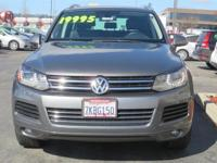 Options:  2014 Volkswagen Touareg 3.6L|Gray|Clean
