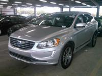 *2014 Volvo XC60 Premier Plus**** Just Off Lease ******