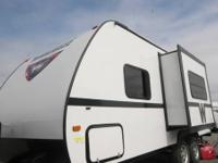 2014 Winnebago Minnie 2101DS    Mileage: 0  Exterior