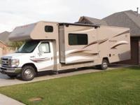 Remarkable 2014 31' Winnebago Minnie Winnie, 2 slides