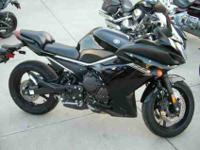 2014 YAMAHA FZ6R, Raven, time to ride! the fz6r offers