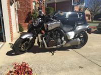 2014 Yamaha V-Max 1700cc, For a faster response please