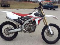 2014 Yamaha YZ450F Super clean and well maintained Fuel