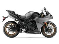 2014 Yamaha YZF-R1 all stock mint!!! the superbike