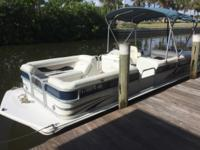 2014 Hurricane 226 Fundeck 22 pontoon deck boat rated