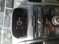 Options:  7 Speakers|Am/Fm Radio: Xm|Cd Player|Mp3