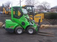 2014 Avant  AVANT 528 Wheel Loaders Articulating Wheel