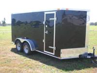 24 STONE GUARD, 32' SIDE DOOR, ELECTRIC BRAKES, INSIDE