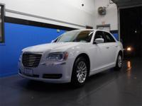 Bright White Clearcoat 2014 Chrysler 300 RWD 8-Speed