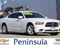 Bright White Clearcoat 2014 Dodge Charger SE Charger