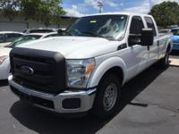 2014 Ford F-250 SuperDuty XL ** Super Crew Cab 4 door