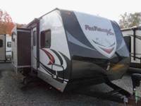 2014 Fun Finder Xtra XT-300 Separate Garage Two Slides