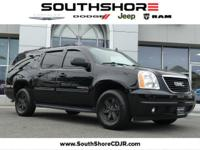 Clean CARFAX. 2014 GMC Yukon XL SLT 1500 Onyx Black
