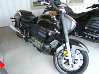 2014 Honda Gold Wing Valkyrie (GL1800C) BRAND NEW full