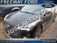 Ultra Black 2014 Hyundai Veloster Turbo w/Blue FWD