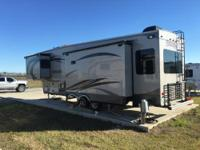 2014 Columbus 320RS Luxurious Rear Living Fifth Wheel