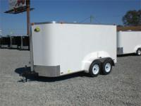 12 STONE GUARD, 32' SIDE DOOR, ELECTRIC BRAKES, INSIDE