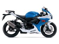 When you ride a GSX-R750 you experience the spectacular