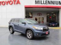 This outstanding example of a 2014 Toyota Highlander