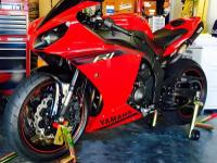 Truly spectacular 2014 Yamaha R1!! This bike is in