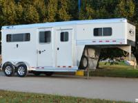 2015 4Star 2h straightload GN XL, 4 dressing room with