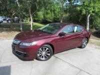 This 2015 Acura TLX 4dr 4dr Sedan FWD Tech features a