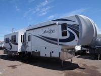 When it comes to building a TOP LINE Fifth Wheel no one