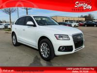 Carfax One Owner, Local Trade In, Q5 2.0T Premium